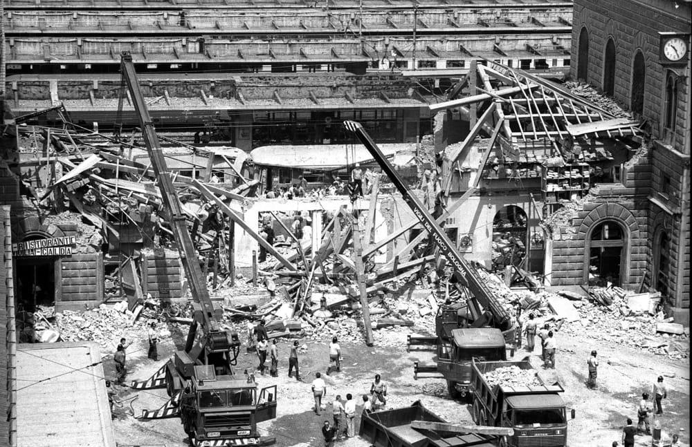 Strage alla stazione di Bologna del 2 agosto 1980.
