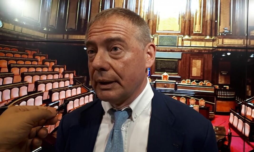 senatore di Fratelli d'Italia, Adolfo Urso, responsabile Impresa di FdI