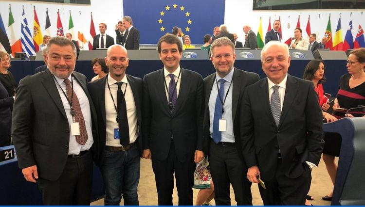 Europarlamentari di Fratelli d'Italia Raffaele Fitto (Co- Presidente Ecr), Carlo Fidanza (Capo delegazione Fdi), Nicola Procaccini, Raffaele Stancanelli e Pietro Fiocchi