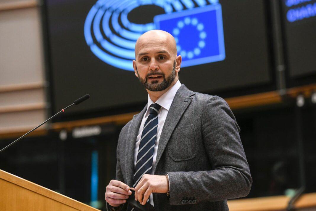 Nicola Procaccini, europarlamentare di Fratelli d'Italia-ECR.