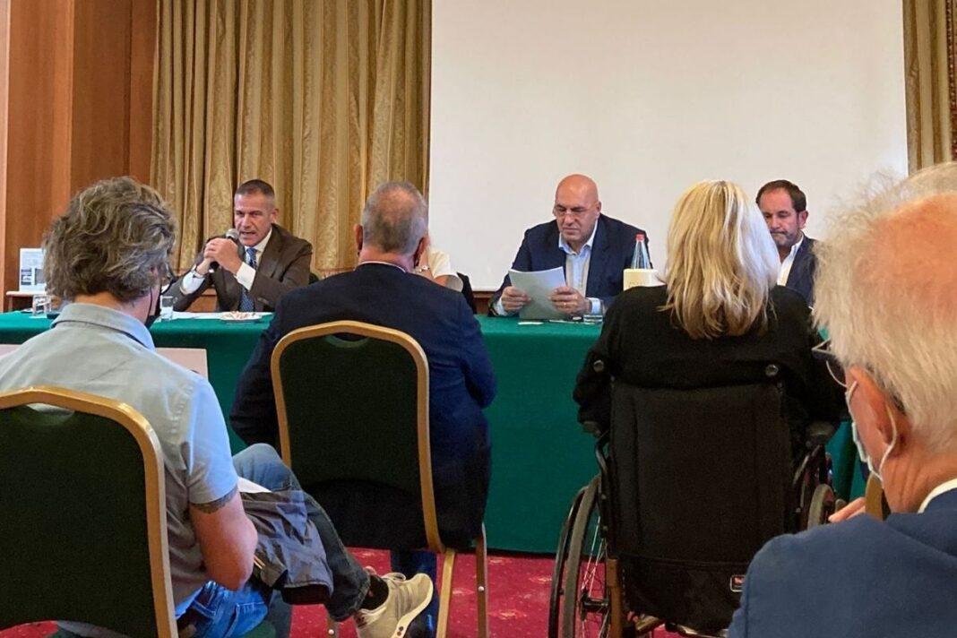 Il convegno promosso dalla candidata a sindaco Silvia Chiassai Martini ed al quale ha partecipato Guido Crosetto, co-fondatore di Fratelli d'Italia, già sottosegretario di Stato e affermato imprenditore.