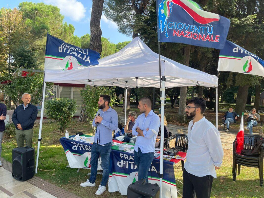 Fabio Roscani, Presidente Nazionale di Gioventù Nazionale durante la visita a Melfi.