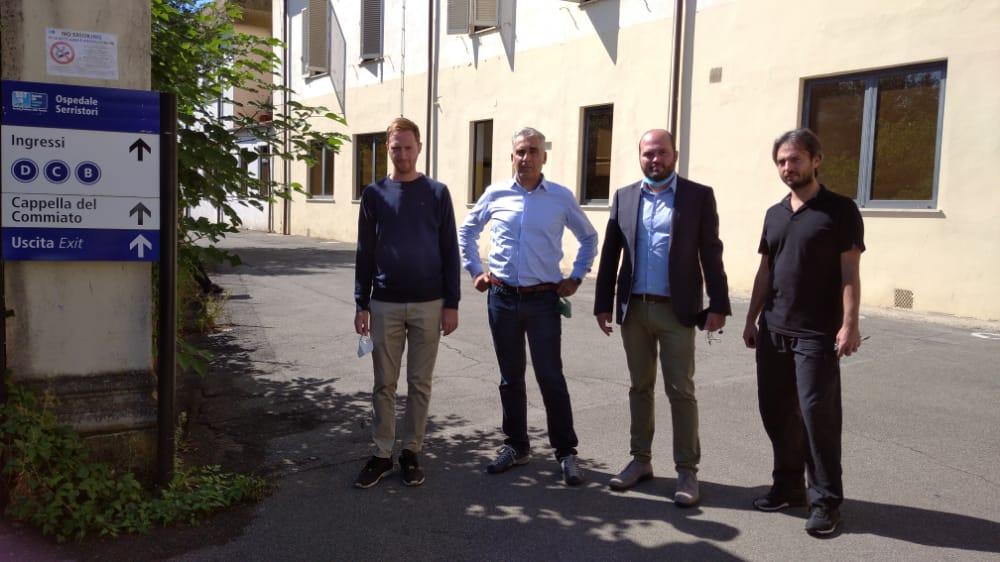 Diego Petrucci, Consigliere regionale di Fratelli d'Italia insieme alla delegazione FdI durante il sopralluogo all'ospedale Serristori di Figline.