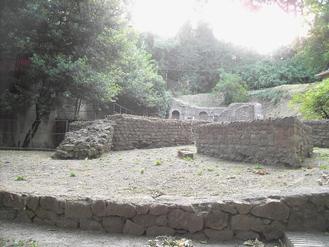 Monteverde tempio di Iside. (Lalupa, CC BY-SA 3.0, via Wikimedia Commons)