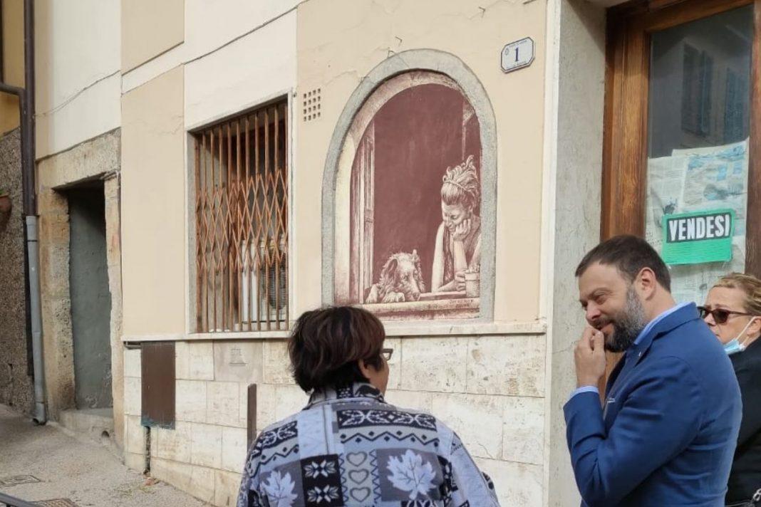 Vittorio Fantozzi, Consigliere regionale di Fratelli d'Italia e Claudia Bonuccelli, rappresentante di Fratelli d'Italia di Camaiore durante il sopralluogo a Casoli di Camaiore.